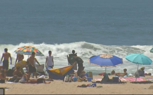 Extreme Heat Warning For SoCal Beaches