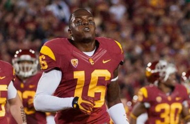 USC Running Back Quits, Calls Coach
