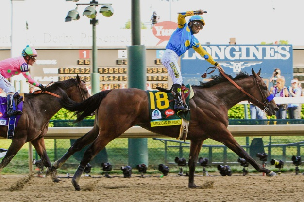 Horse Dies Training at Del Mar, Jockey Victor Espinoza Injured