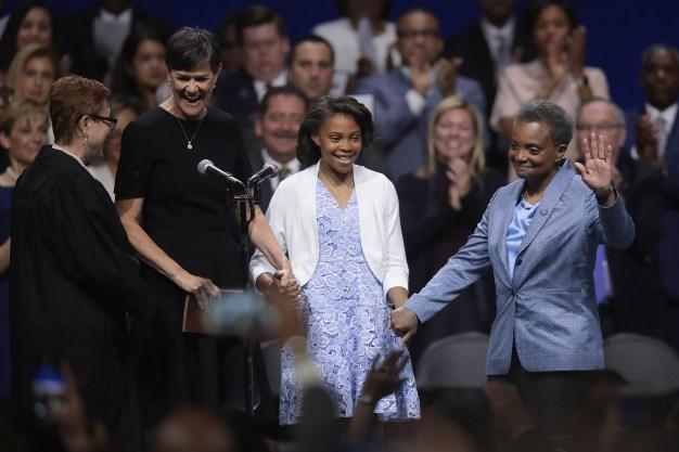 Lightfoot Sworn in as Chicago's 1st Black Female Mayor