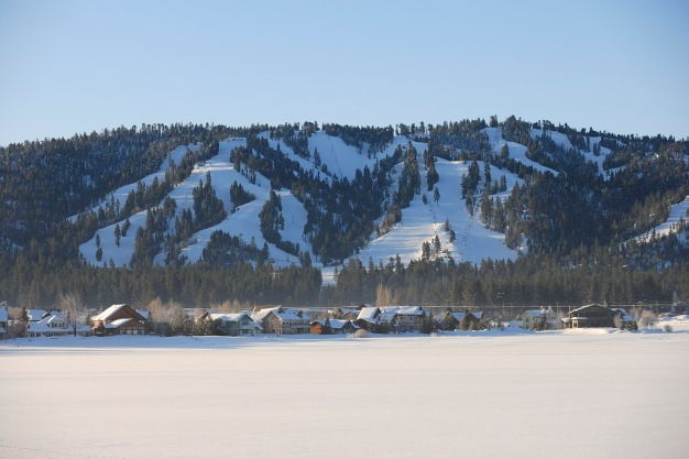 Snow Summit: Your Perfect Family Ski Weekend