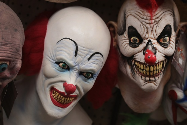 Cops Look for Men With Clown Masks, Gun at Calif. Mall