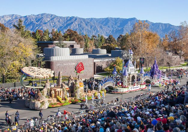 Annual Rose Parade Winds Through Pasadena