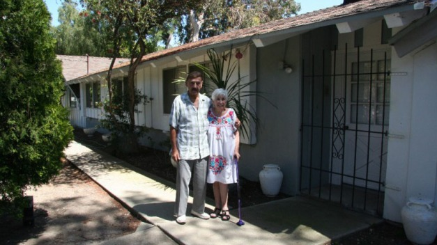 Strangers Raise $128,000 for Couple Evicted From Home