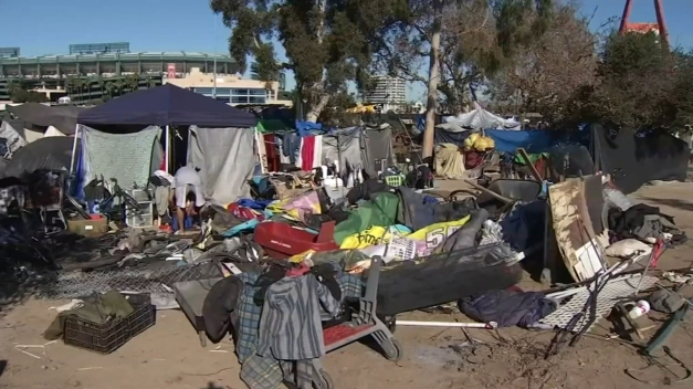 Court Hearing Going for Hours to Decide Fate of OC Homeless