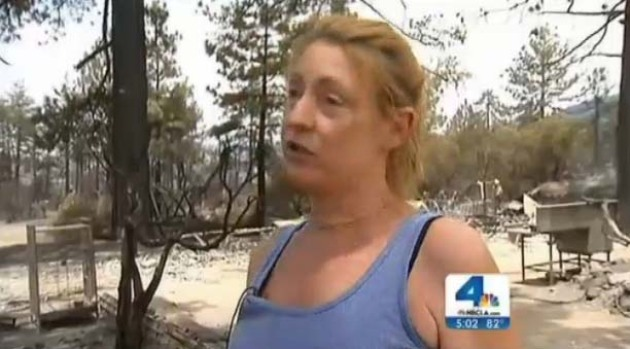[LA] Mountain Fire Victims Sift Through Ashes