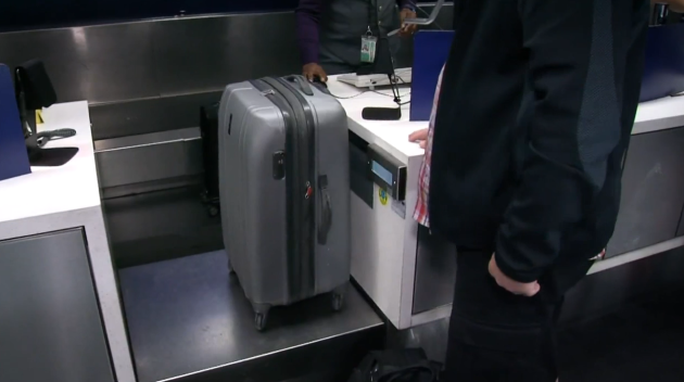 Are Airports' Luggage Scales Accurate?