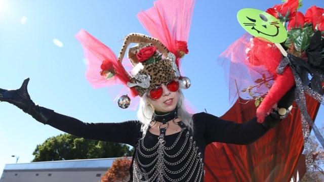 Doo Dah Parade: Queen Tryouts