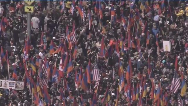 Flag-Waving Marchers in Los Angeles Demand Recognition of Armenian