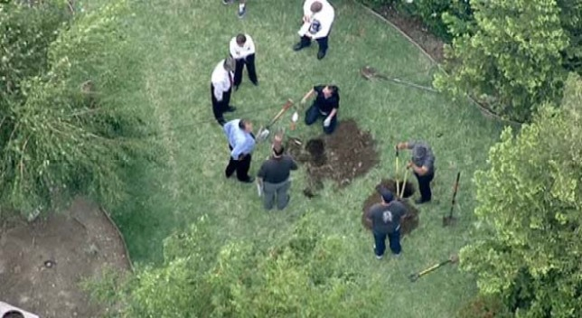 Backyard Dig Reopens 35-Year-Old Cold Case