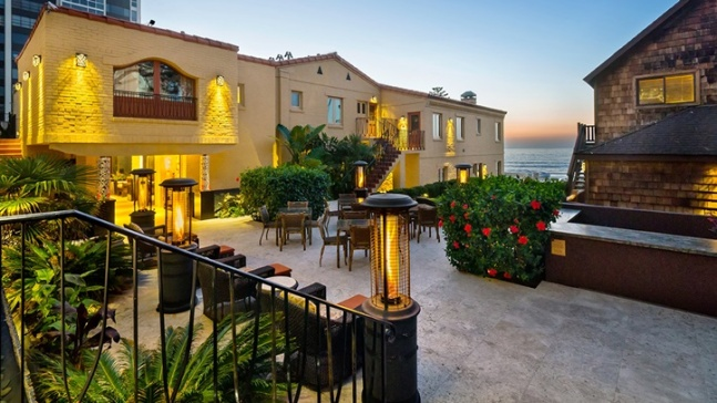 Pantai Inn La Jolla: Early Fall Savings