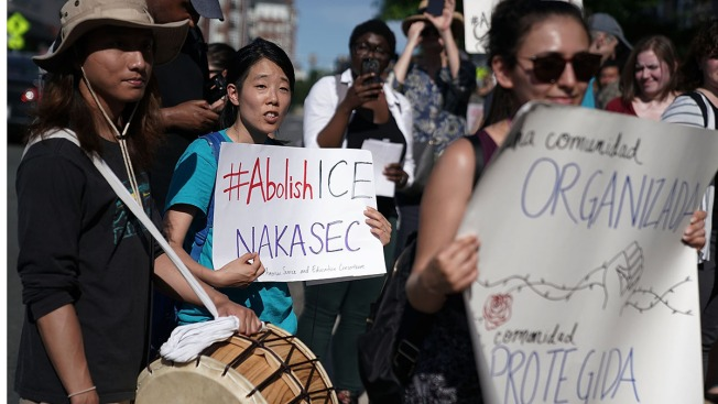 Democrats Split on Whether to Abolish ICE