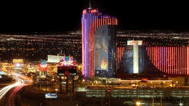 13 Kids, 5 Adult Guests at Vegas Casino Fall Sick