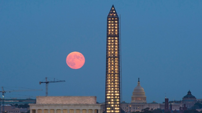 Look Up! Harvest Moon Lights Up the Sky This Weekend