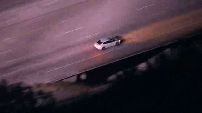 Police pursue stolen auto in 2nd chase through San Fernando Valley