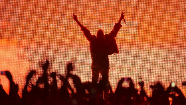 Kanye West Returns to Bonnaroo, With Kim in Tow