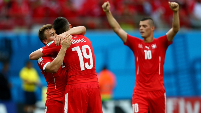 Swiss Beat Honduras 3-0 to Advance to World Cup's 2nd Round