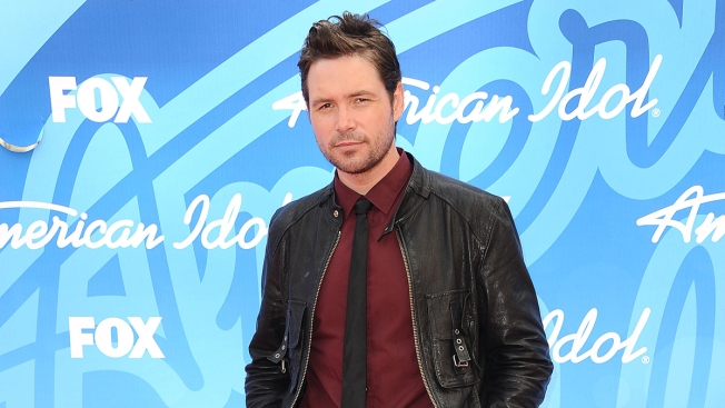 """American Idol"" Contestant Michael Johns Dies"