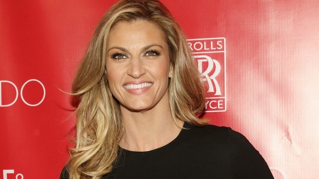 "Erin Andrews Replacing Brooke Burke-Charvet as ""Dancing With the Stars"" Co-host"