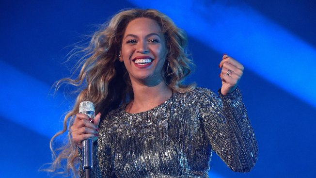 Beyoncé to Perform at Super Bowl 50 Halftime Show Next Month