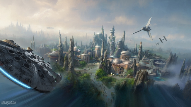 Disney's Iger Announces 2019 Opening for Star Wars Lands