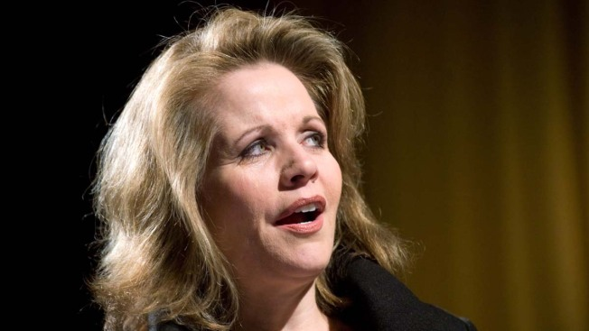 Opera Star Renee Fleming to Sing National Anthem at Super Bowl