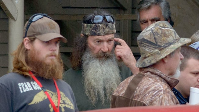 """Phil Robertson Breaks Silence on Anti-Gay Remarks; Duck Dynasty Star """"Will Not Give or Back Off"""""""
