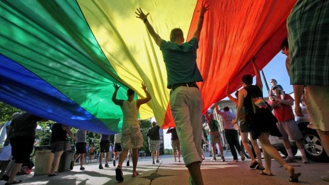 Judge Strikes Down Indiana's Same-Sex Marriage Ban