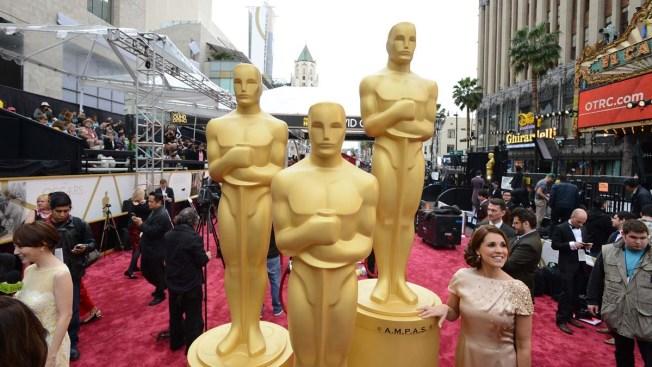 Oscars: Celebrities Tweet Their Excitement