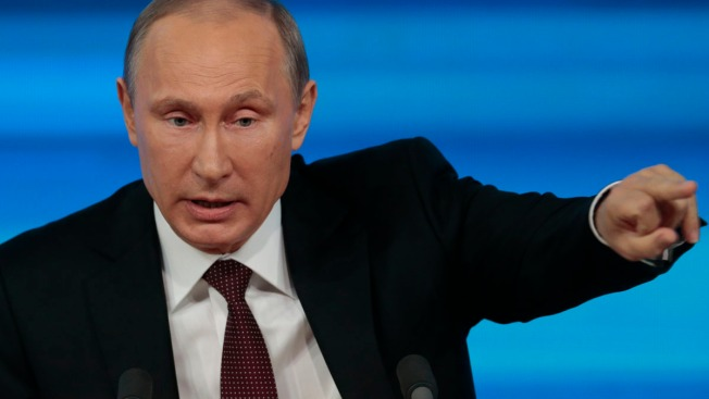 Putin Vows Equal Conditions for All Athletes at Sochi