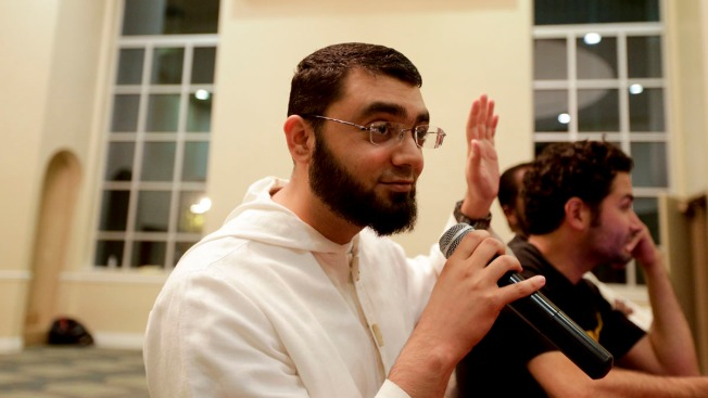 Demand for U.S.-Born Imams Up in American Mosques