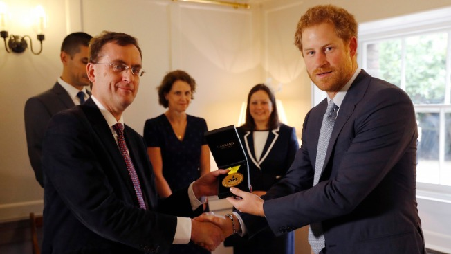 Prince Harry Presents US Soldier's Invictus Games Medal to UK Hospital That Saved Her