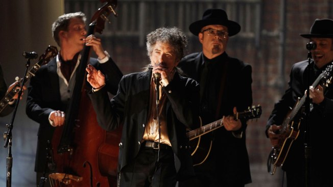Bob Dylan Breaks Silence About Nobel Win: It 'Left Me Speechless'