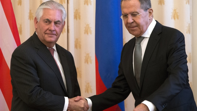 US and Moscow in delicate talks on Syria tensions