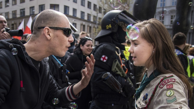 Czech Girl Scout Whose Confrontation With Neo-Nazis Went Viral Now Getting Police Protection