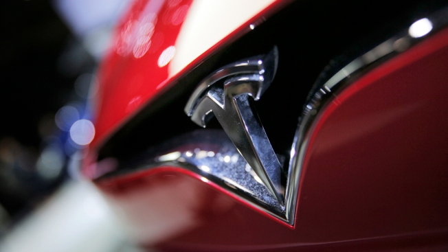 Back to Earth: Tesla's Losses Grow on Model 3 Delays