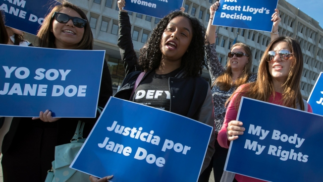 Judge Rules in Favor of 2 Immigrant Teens Who Want Abortions