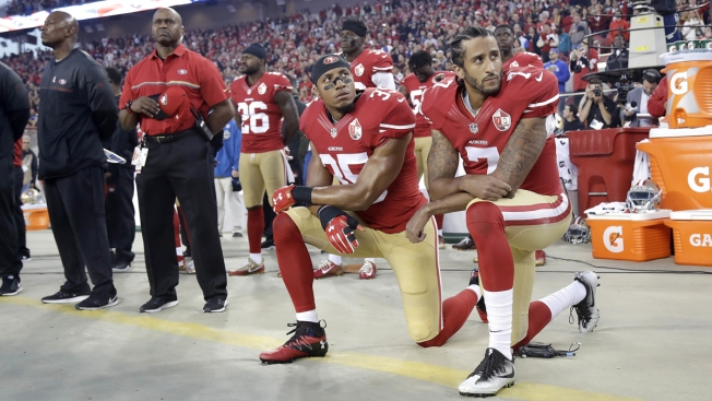 Majority Say Kneeling 'Not Appropriate' During Anthem: Poll