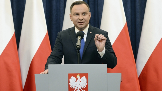 Polish President to Sign Controversial Holocaust Blame Bill