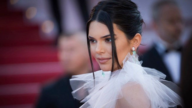 Vogue Responds to Critics of Kendall Jenner's Afro Photo Shoot