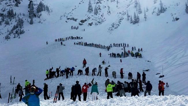 [NATL] Top News Photos: Avalanche Kills Skier, Hurts Another at New Mexico Ski Resort