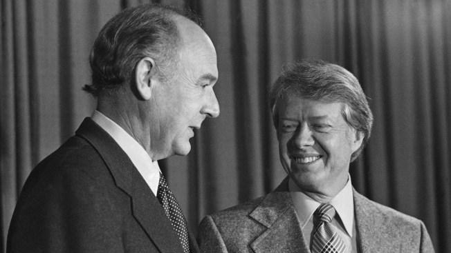 Cecil Andrus, Ex-Interior Secretary Who Helped Conserve Alaska Land, Dies at 85