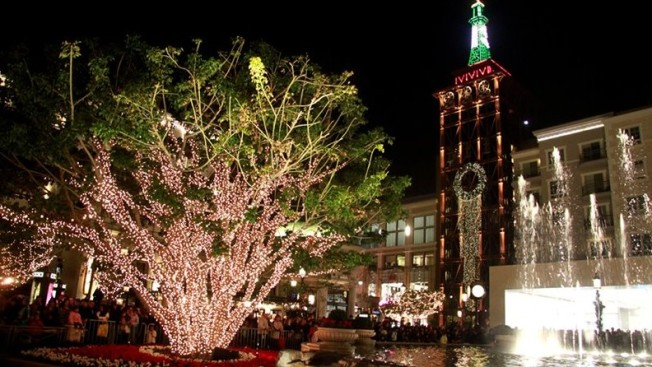 It's Christmas Kick-off Time, at The Americana and The Grove