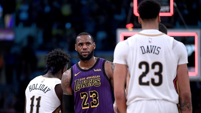 Lakers Reportedly Involved in Detailed Trade Talks to Get Anthony Davis