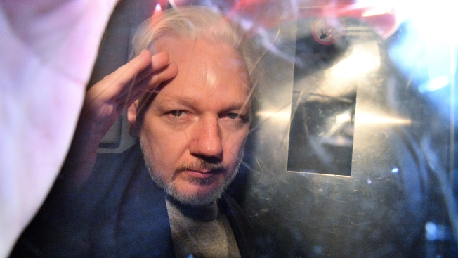 Doctors Say Ailing Assange Needs Medical Care in Hospital