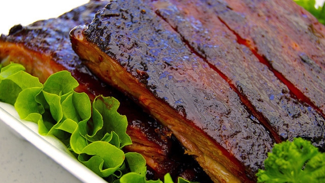 Rib Lovers, Here's Your Full-On Ribs Festival