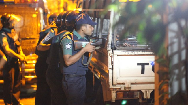 Bangladesh police may have shot hostage