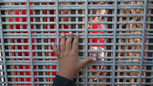 "Spike in Child Detainees After Crossing into U.S. Illegally a ""Crisis:"" Feds"