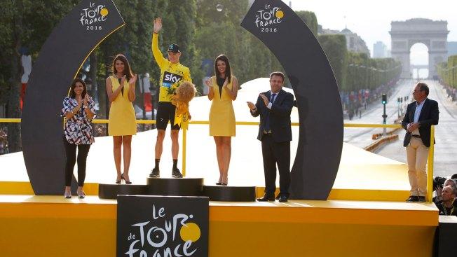 'Vive le France': Froome Makes Emotional Tour de France Victory Speech