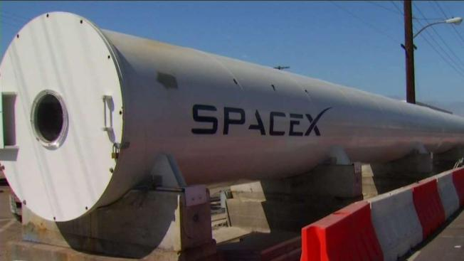 SpaceX Launches Secret Satellite Zuma on 1st Flight of Year